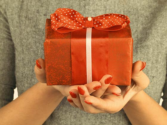 IGP: Online Gifts: Send Flowers, Cakes & Gift Delivery to India Online