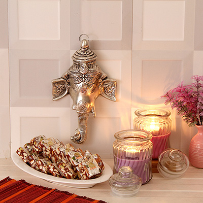 Crafted ganesha hanging with 35 cubes sugarfree figberry with crafted ganesha hanging with 35 cubes sugarfree figberry with candle set giftsend gourmet gifts onlinel11044143 igp negle Choice Image
