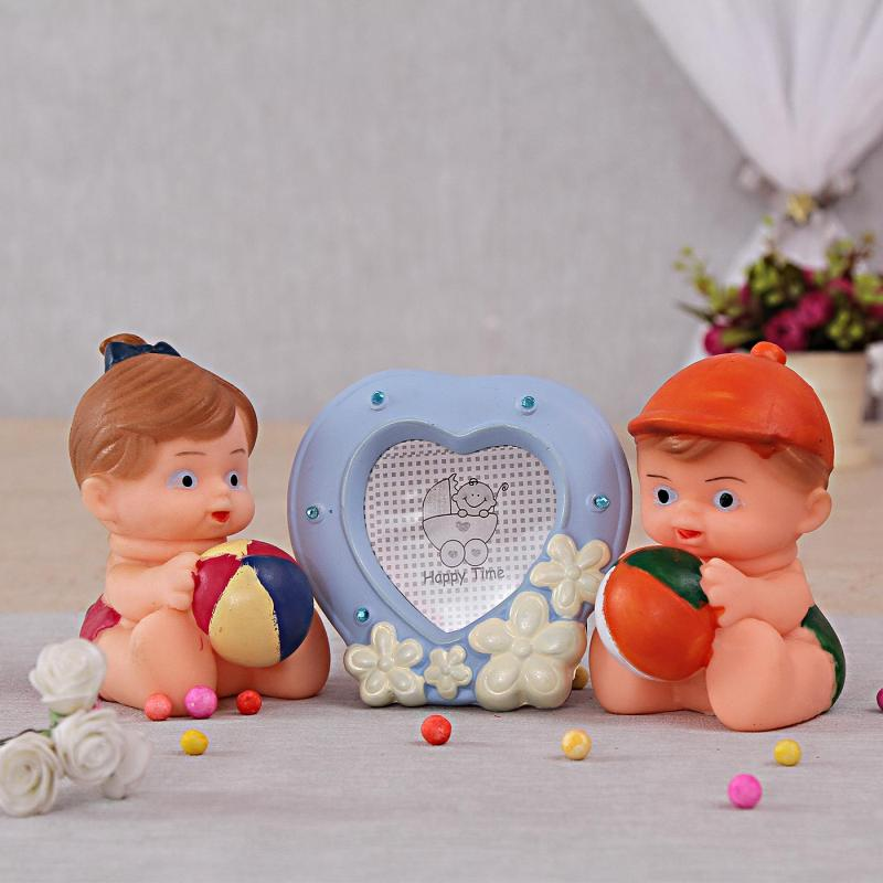 Set Of 2 Squeeze Toys & Heart Shape Photo Frame